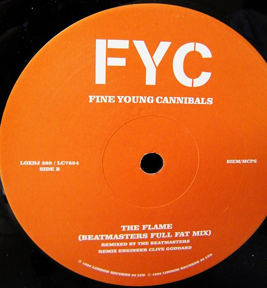 label central du maxi promo Collector face 2 des Fine Young Cannibals - The flame (Beatmasters remix)