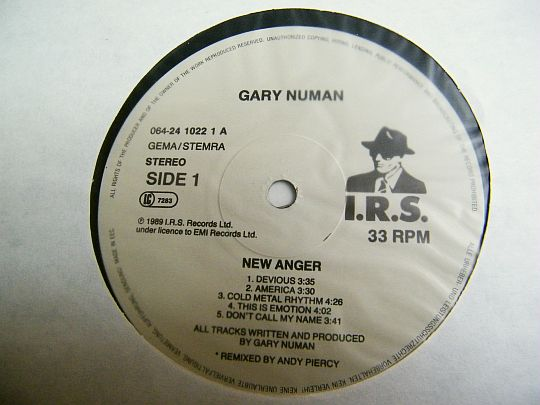label central du LP promo Collector de Gary Numan - New anger