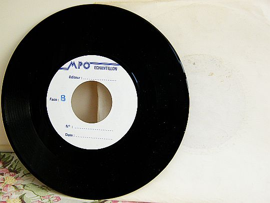 verso du 45 tours échantillon White Label promo de Lee Lewis - French kiss
