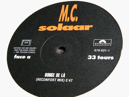 label face A du maxi 33 tours promo de Claude MC SOLAAR - Bouge de là (réconfort mix)